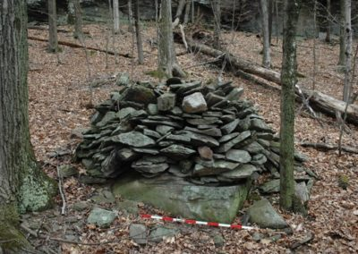 Lewis Hollow Cairn